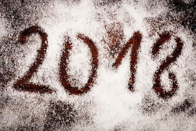 2018 weihnachten neujahr hintergrund auf holz