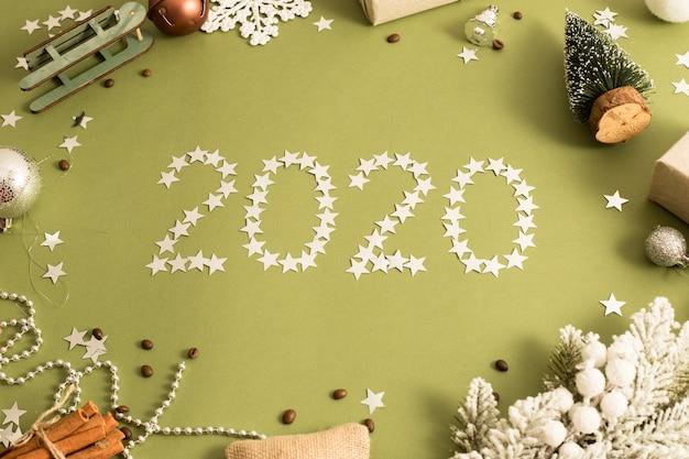 2020 neues jahr. festliche weihnachtsdekoration.