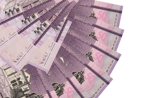 50 dominikanische pesos rechnungen liegt isoliert hintergrund