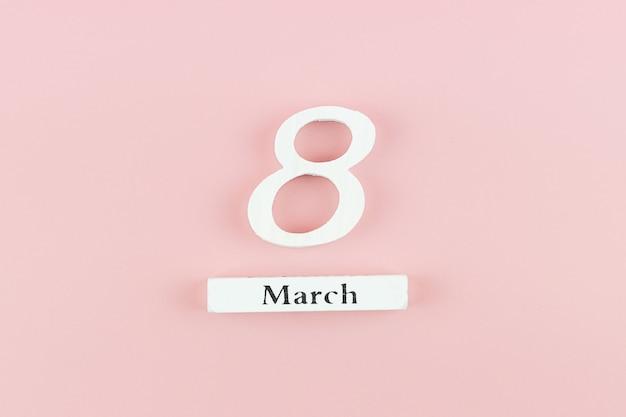 8. märz kalender mit kopierplatz für text. konzept der liebe, gleichberechtigung und des internationalen frauentags