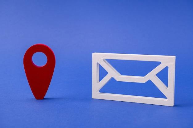 Abbildung der mailbox erhalten eine nachricht senden