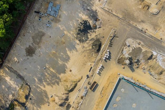 Abflussrohre aus gestapeltem beton in kanalisationsrohren aus stahlbeton für den bau