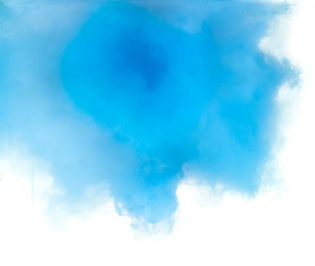 Abstrakt gebildet durch die farbe, die sich in wasser auflöst