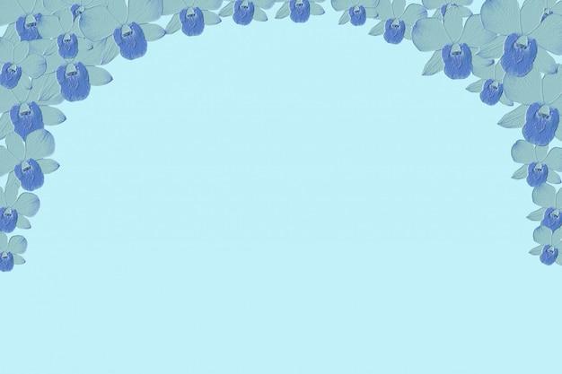 Abstrakte blaue orchideenblume prägen hintergrund