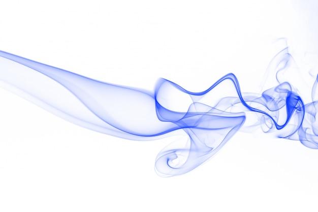Abstrakte blaue rauchbewegung auf weißem hintergrund