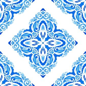 Abstrakte blaue und weiße handgezeichnete damastfliese nahtlose dekorative retro-aquarellfarbenmuster. elegante luxus handgezeichnete textur für tapeten, hintergründe und seitenfüllung blau und weiß