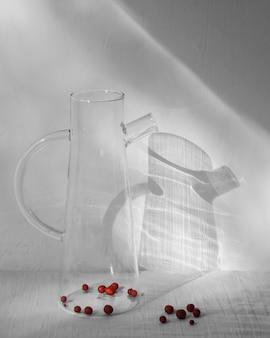 Abstrakte minimale konzeptfrucht mit schatten