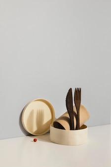 Abstrakte minimale küchenobjekte und besteck