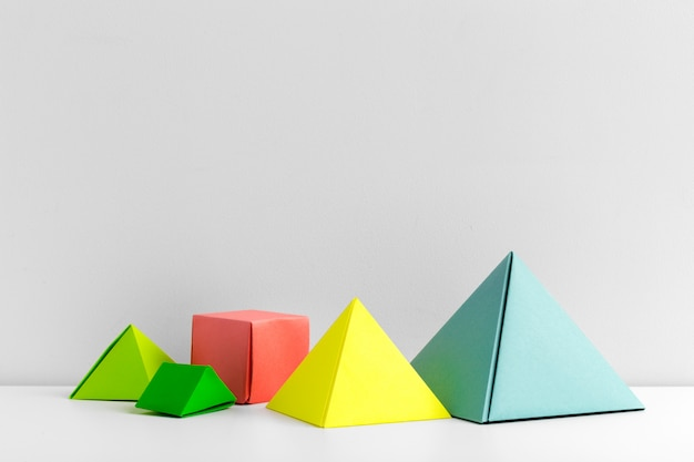 Abstrakter bunter geometrischer abschluss herauf weichzeichnung