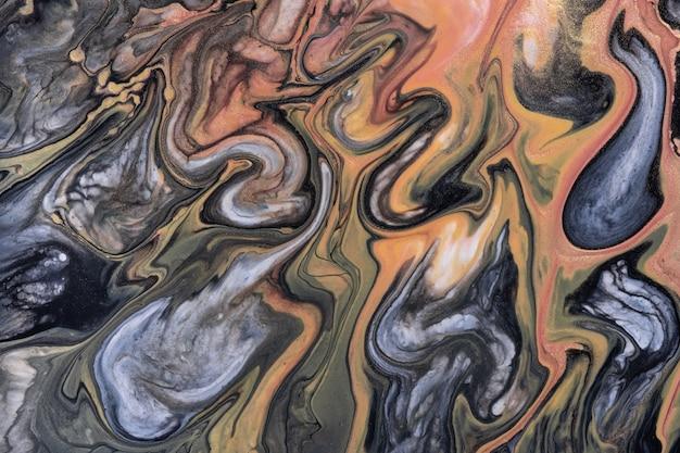 Abstrakter flüssiger kunsthintergrund dunkelbraune und schwarze farben. flüssiger marmor. acrylmalerei auf leinwand mit beigem farbverlauf und spritzer. alkoholtintenhintergrund mit wellenförmigem muster. stein abschnitt.