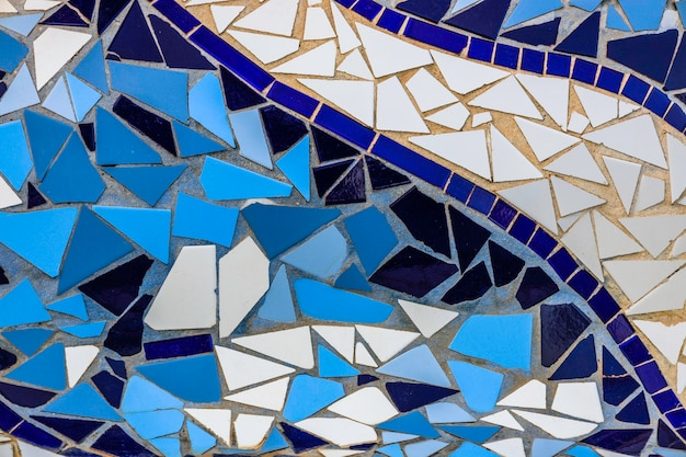 Abstrakter geometrischer hintergrund des keramischen blauen fliesenmosaiks