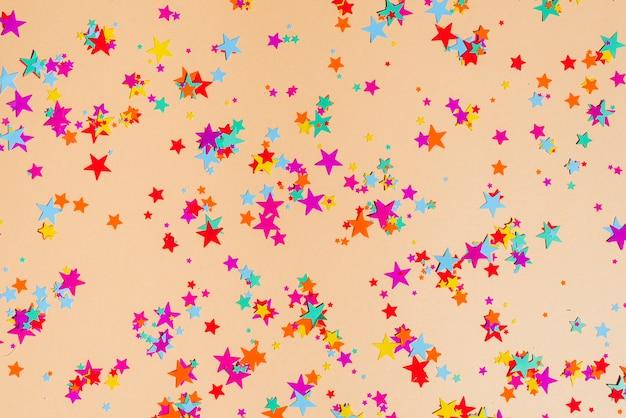 Abstrakter konfettihintergrund
