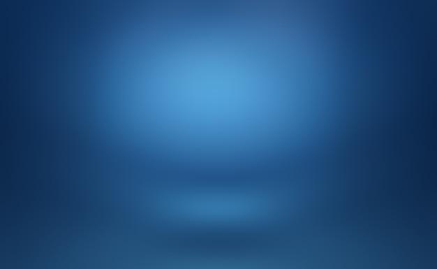 Abstrakter luxusverlauf blau. glattes dunkelblau mit schwarzer vignette studio