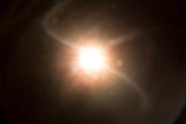 Abstrakter natürlicher sonneneruptionshintergrund