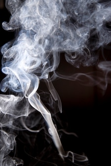 Abstrakter rauch isoliert
