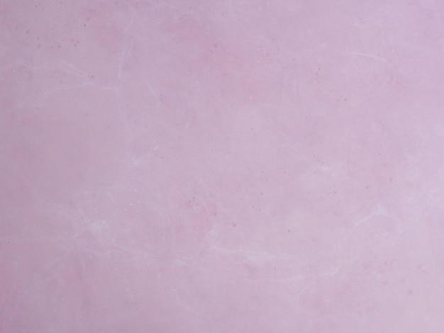 Abstrakter rosa wandhintergrund. hand gezeichnete malerei. malen an der wand. rosa farbtextur. fragment des kunstwerks. pinselstriche. moderne kunst. zeitgenössische kunst