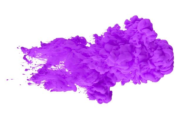 Acrylfarbe in wasser bilden ein abstraktes rauchmuster isoliert auf weißem hintergrund