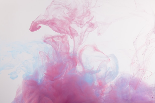 Acrylfarben und tinte in wasser