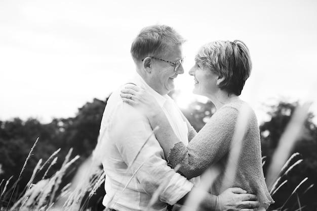 Älteres paar in der liebe