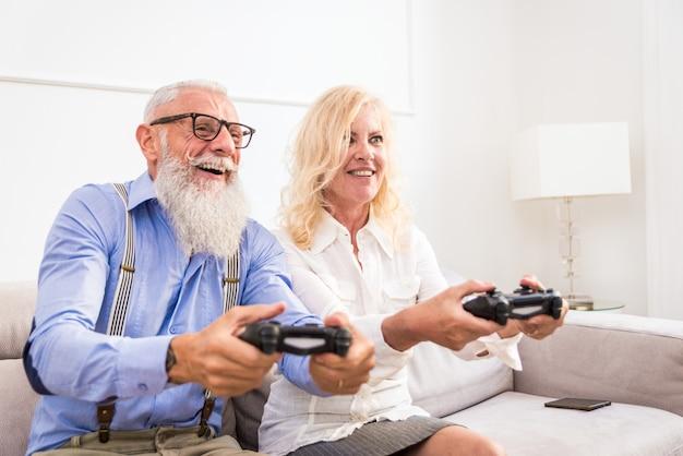 Älteres paar zu hause