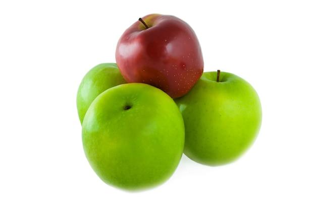 Äpfel auf weiß