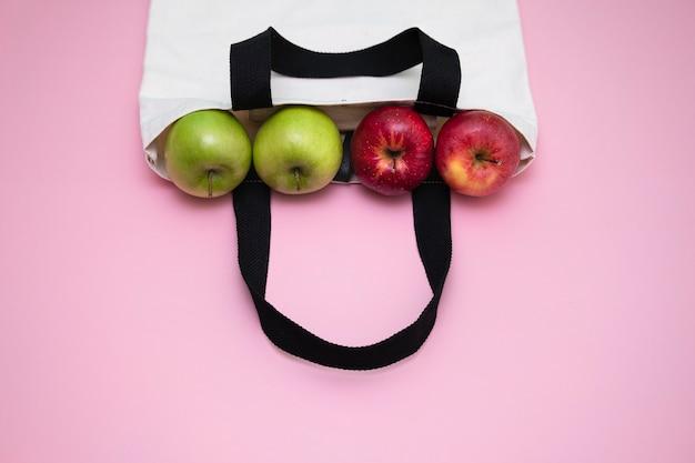 Äpfel im stoffbeutel
