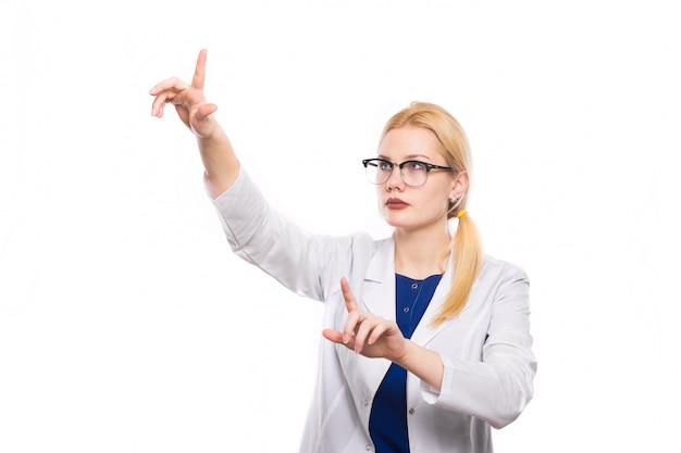 Ärztin im weißen mantel