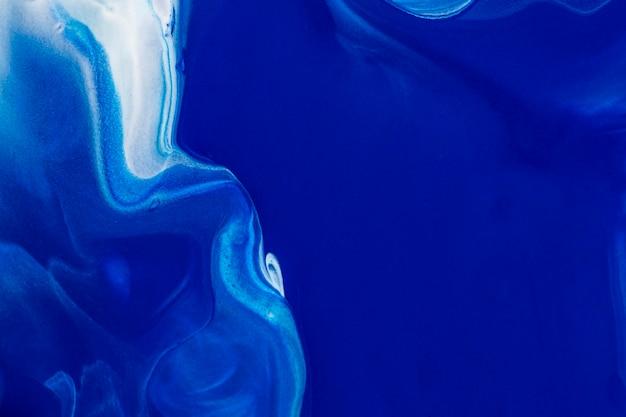 Ästhetischer blauer hintergrund handgemachte experimentelle kunst