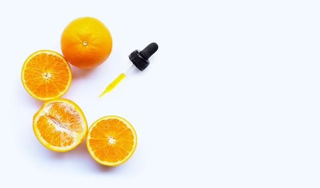 Ätherisches öl mit orangen