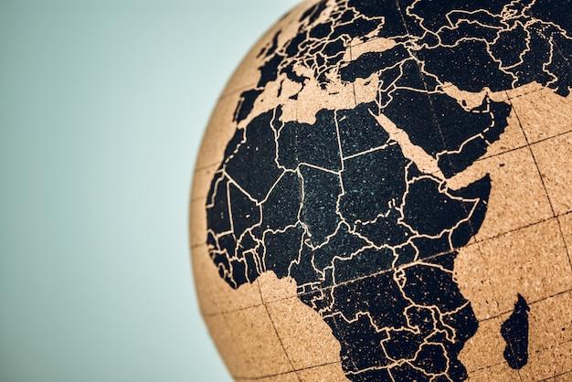 Afrika und mitte auf einem globus