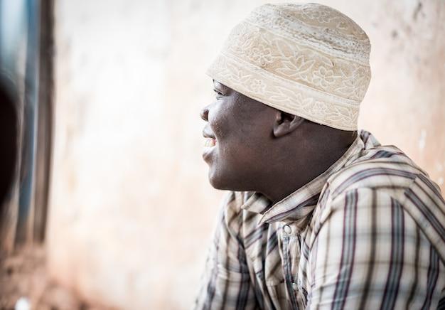Afrikanisches teenagerporträt