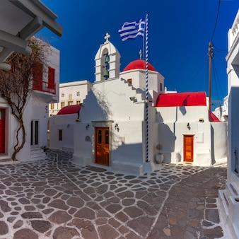 Agia kyriaki kirche auf der insel mykonos, griechenland