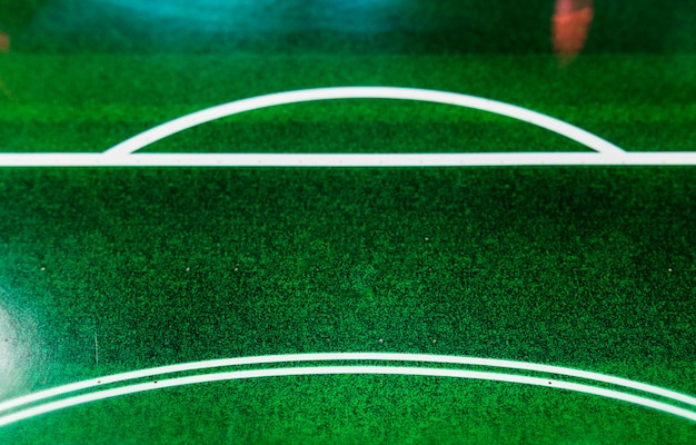 Airhockey-tisch in einer spielhalle an