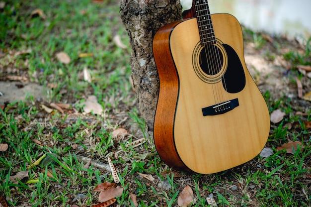 Akustische gitarre, ein sehr gut klingendes instrument