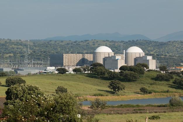 Almaraz-atomkraftwerk im zentrum von spanien