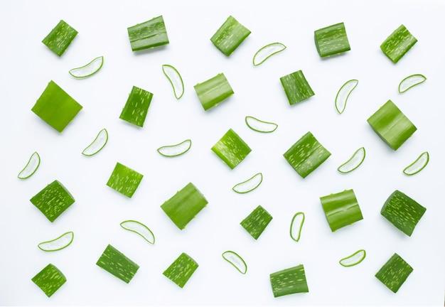 Aloe vera ist eine beliebte heilpflanze für gesundheit und schönheit