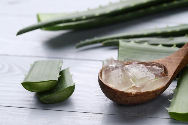 Aloe vera scheiben für die hautpflege