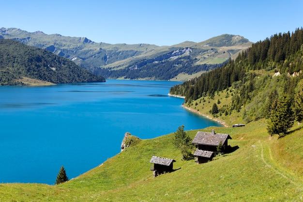 Alpensee landschaft