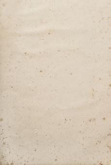 Alte benutzte papierblattbeschaffenheit. leerer kraftpapierhintergrund