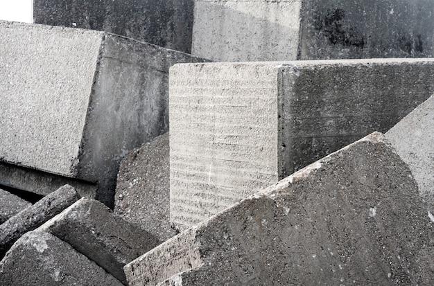 Alte betonsteinmauer