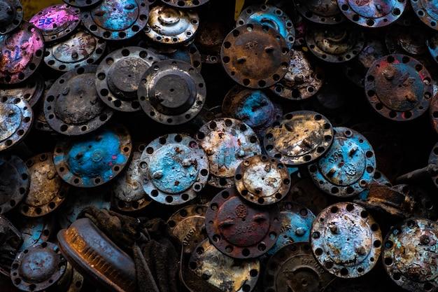 Alte ersatzteile für autos komplette anordnung für die reparatur alter autos