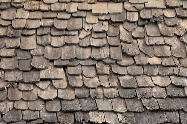 Alte hölzerne dachziegel