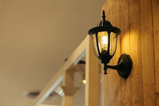 Alte lampe beleuchtung kerze hotel
