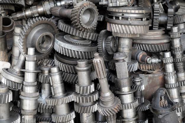 Alte maschinenteile im gebrauchtmaschinenshop