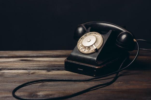 Alte nostalgie der retro-telefonkommunikation der alten technologiekommunikation