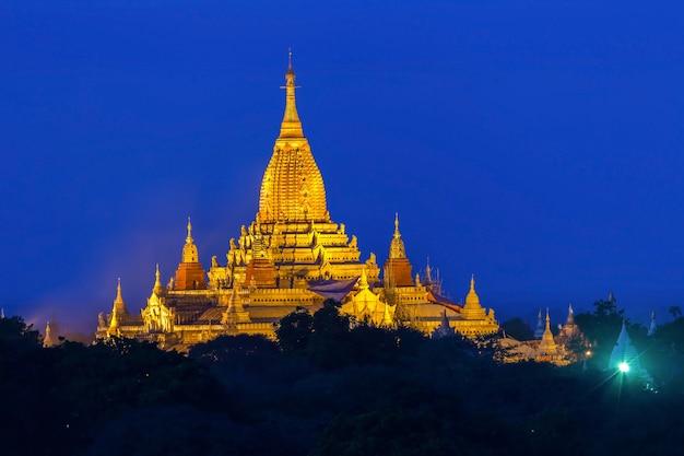 Alte pagoden in myanmar, die republik bis in die nacht.