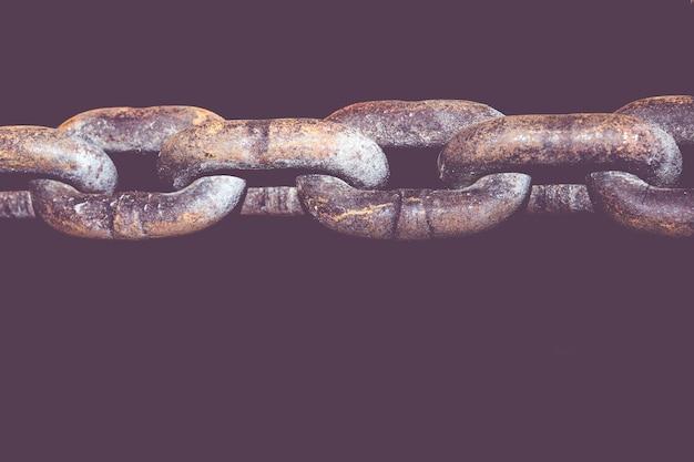 Alte schmutzketten verbinden lokalisiert auf schwarzem hintergrund