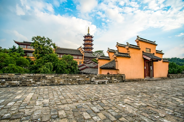 Alte stadtmauern und tempel in nanjing, china
