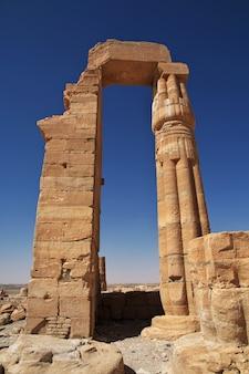 Alter ägyptischer tempel von tutankhamun in nubia