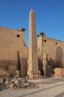 Alter luxor tempel in luxor stadt, ägypten